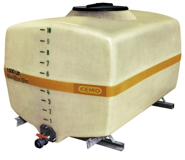 1000L water bowser trunk style