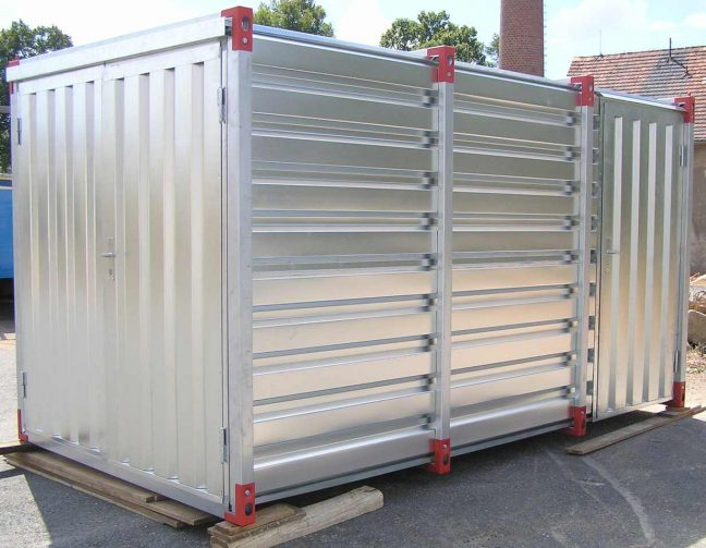 Flat Pack Container with Side Door