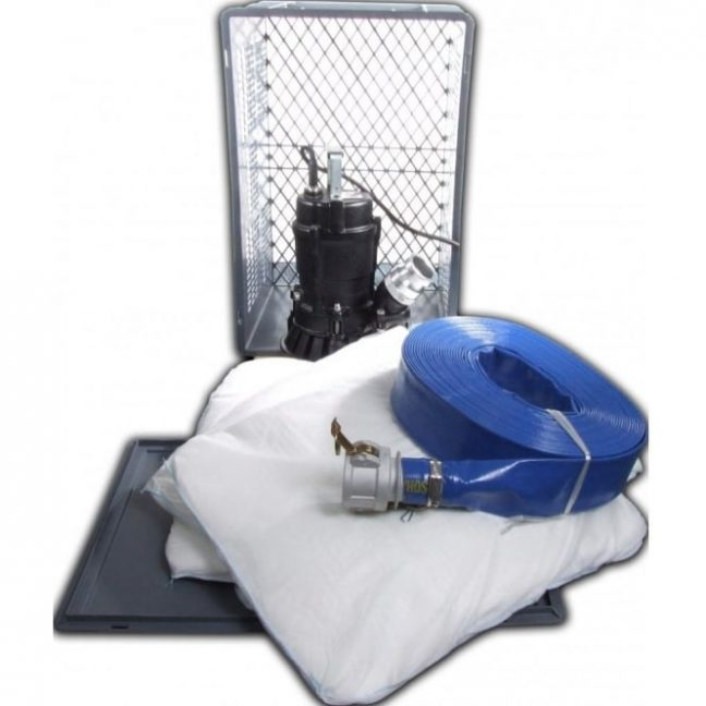 230v Submersible Flood Pump Emergency Kit pumps up to 200 litres per minute